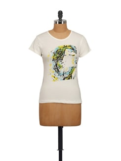 Trendy Graphic Print T-Shirt - STYLE QUOTIENT BY NOI