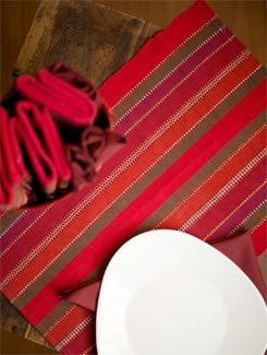Melange Of Red Placemat And Napkin Gift Set - HOUSE THIS