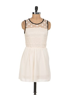 Off White Net Dress With Black Trims - Sanchey