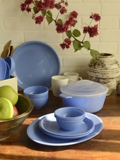 Blue Dinner Set Of 34pcs - TRUST And GUESS