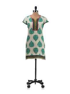 Off White And Green Leaf Print Kurta - Aurelia