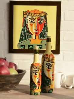 Picasso Girl Print Set Of 2 Bottles And A Scenery - BOTTLES NOT EMPTY