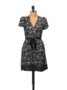 Elegant Black Floral Dress - STREET 9