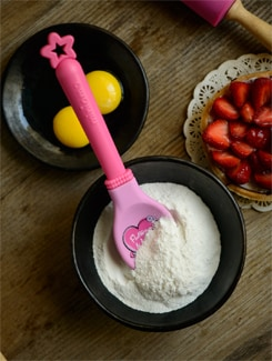 Pink Silicone Spoon In Pink - Master Kitchen