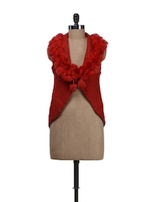 Sleeveless Red Shrug With Fur - Deal Jeans
