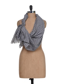 Checked Scarf In Brown And Grey - J STYLE