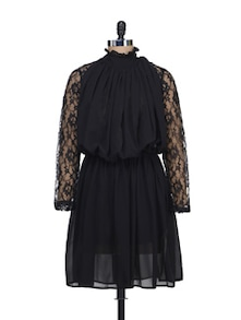 Lace Sleeved Black Dress - Liebemode