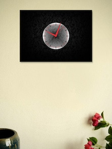 Simple Designer Wall Clock - BLACKSMITH
