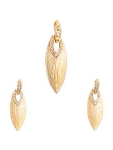 Gold Plated Leaf Shape Pendant Set - KSHITIJ
