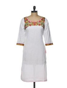 Cotton White Kurta With Embroidered Yoke - Varan