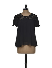 Black Chiffon Top With A Lace Yoke - Tapyti