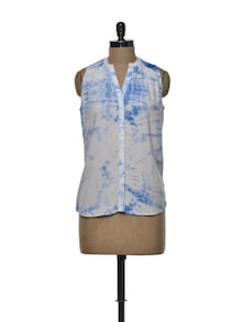 Ombre Shirt In White & Blue - Femella
