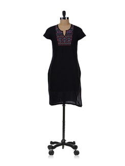 Black Kurta With Bright Embroidery On Neckline - Aurelia