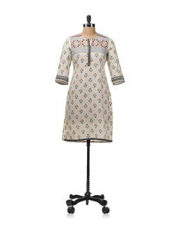 Printed Kurta With 3/4th Sleeves - Aurelia