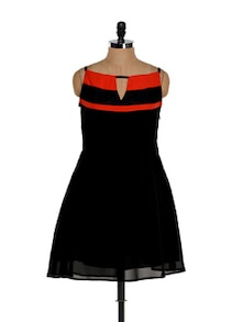 Black And Red Front Slit Skater Dress - Eavan