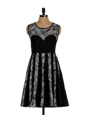 Black And White Paisley Print Kurta - Eavan