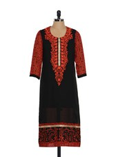 Black Kurta With Embroidery - AKYRA