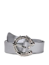 Grey Faux Leather Belt With A Fancy Metal Buckle - QUEST