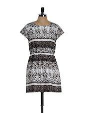 White And Grey Cotton Printed Casual Dress - Sohniye