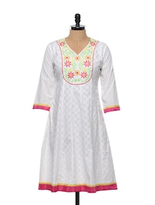 White Cotton Embroidered Kurta - Sanchey