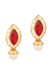Stud Earring In An Eye Shape With Pearl And Maroon Color Stone - Voylla