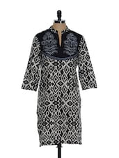 Black And Cream Printed Cotton Kurta With An Embroidered Yolk - Overdrive