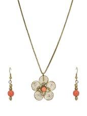 Dusted Gold Flower Pendant Necklace Set - VR Designers