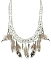 Quirky And Chic Feather Necklace In Silver - Blueberry
