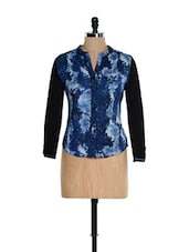 Blue And Black Snake Skin Patterned Top With Black Sleeves - Kaaryah