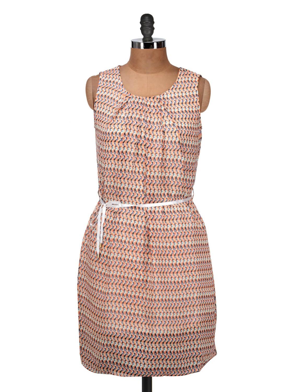 Peach And White Printed Sleeveless Dress - Silk Weavers