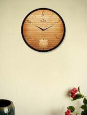 Black Wall Clock With Hard Wooden Pattern - Regent