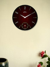 Stunning Wall Clock With Red Texture - Regent