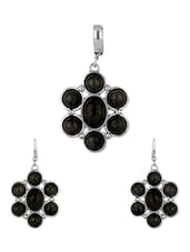 Engaging Black Stone Embellished Pendant Set Without Chain - Voylla