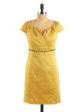 Cap Sleeved Satin Mustard Dress - Collezioni Moda