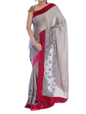 Grey Floral Saree With Magenta Border - Suchi Fashion