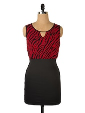 Black And Red Cut Sleeved Dress - Queens
