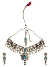 Royal Crystal Studded Necklace Adorned With Pearls - ZAHARA