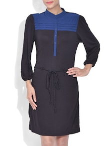 black quarter sleeved dress with draw string
