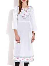 White Printed Cotton Round Neck Kurta - By