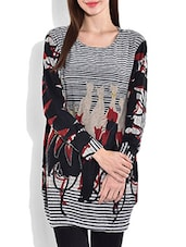 Black And Red Cats Printed Acrylic Studded Pullover - By