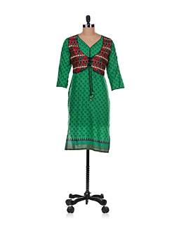 Summer Kurta With Attached Sleeveless Short Jacket In Green - Varenya
