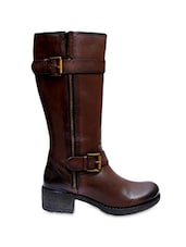 Brown Leather Boots - By - 9770580
