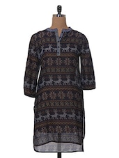 Round Neck Printed With Button Detailed Kurta - Tissu