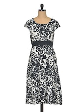 Black & White Printed Poly Crepe Short Sleeves Dress - Meira