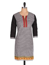 Black & White Printed Cotton Kurta - Jaipurkurti.com
