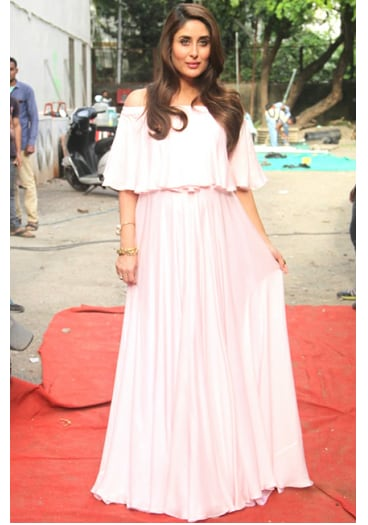 886d11757e1 The BEST Of Kareena Kapoor Khan s Maternity Style