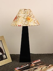 "MANGO WOOD FACINATING TABLE LAMP WITH 10"" PYRAMID SHADE-MULTI GOLD CIRCLE - By"