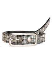 Checks Printed Leatherette Belt - Scarleti