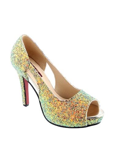 01487a6178b303 All that Glitters Glittery Sandals