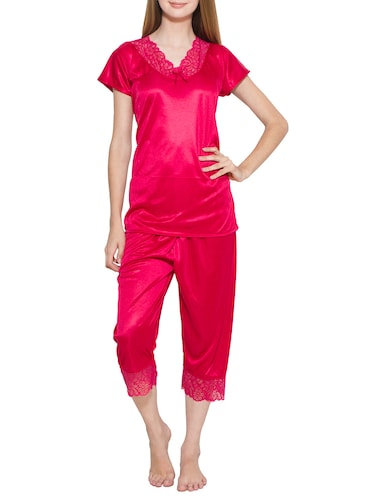 a4cc71ab71f Buy night suit for ladies stylish under 500 in India   Limeroad